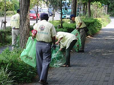 恒例の清掃活動